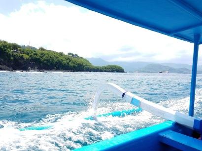 The islands are all so scenic.